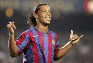 Alegria de Ronaldinho durante el partido