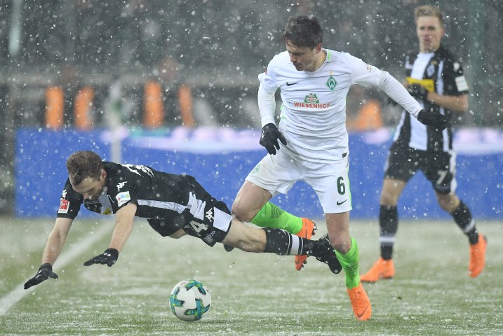 Werder Bremen Top 10 Football Teams in Crisis