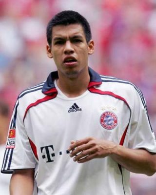 Julio dos santos is one of the Top 10 Worst Bayern Munich Players of All Time