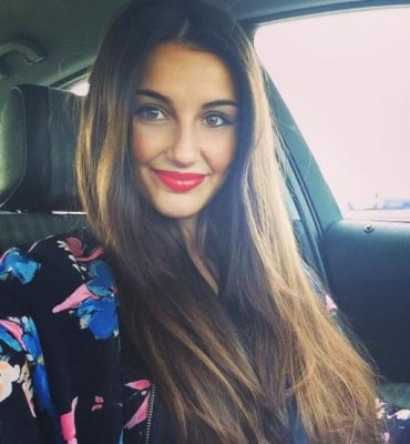Top 10 Hottest Football Players WAGS - Adriana Pozueco