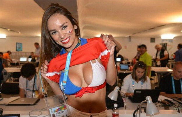 Countries With The Hottest Female Football Fans