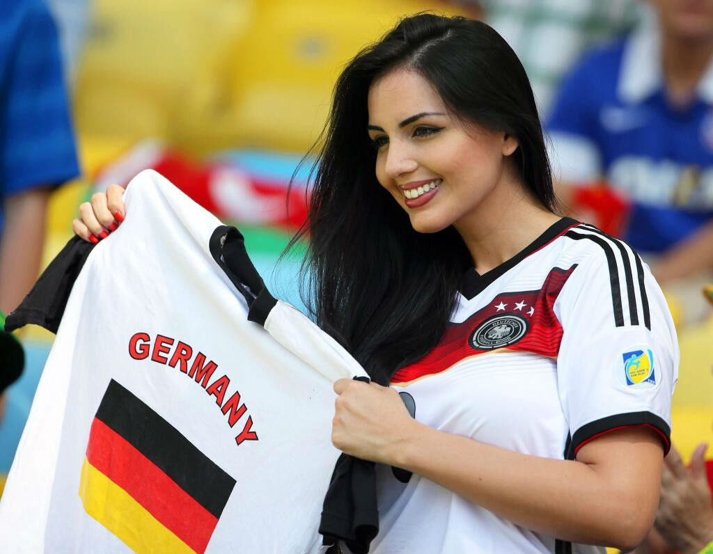 Germany Countries With The Hottest Female Football Fans photos