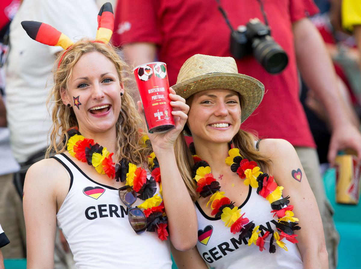 Countries With The Hottest Female Football Fans photos