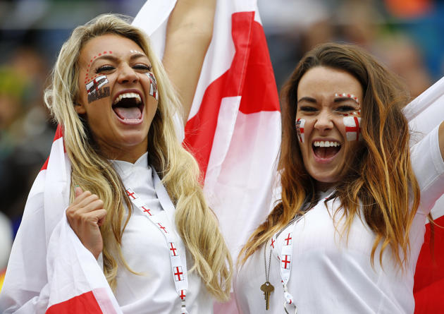 Images, Pictures and Photos of Beautiful, Sexy and Hot English girls - England Female Fans In World Cup 2018