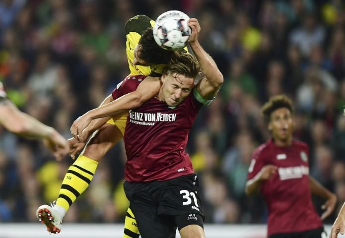 Hannover 96 players salaries Waldemar Anton 2019