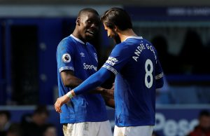 Zouma happy at Everton but not ruling out Chelsea return