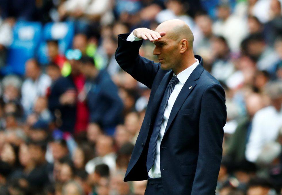 Valdano tells Perez what to do with Zidane