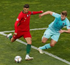Matthijs De Ligt Laughed Off Ronaldo's Juventus Offer