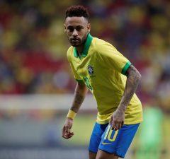 Barcelona Make New Player-Plus-£90m-Cash Offer For Neymar