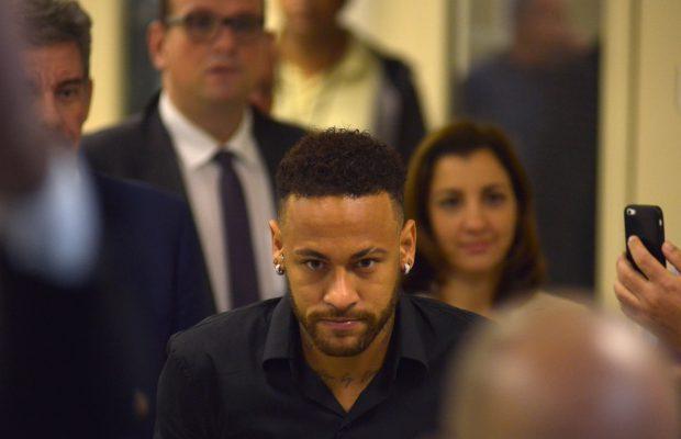 Neymar Has Notified Paris Saint-Germain He Wants To Leave