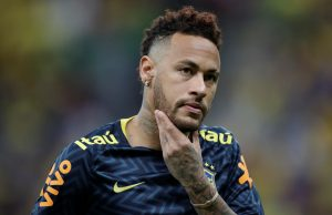 Neymar's Camp To Meet Barcelona Over Potential Move From PSG