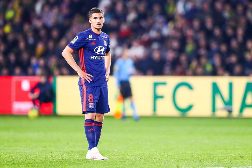 Houssem Aouar could replace Ivan Rakitic at Barcelona