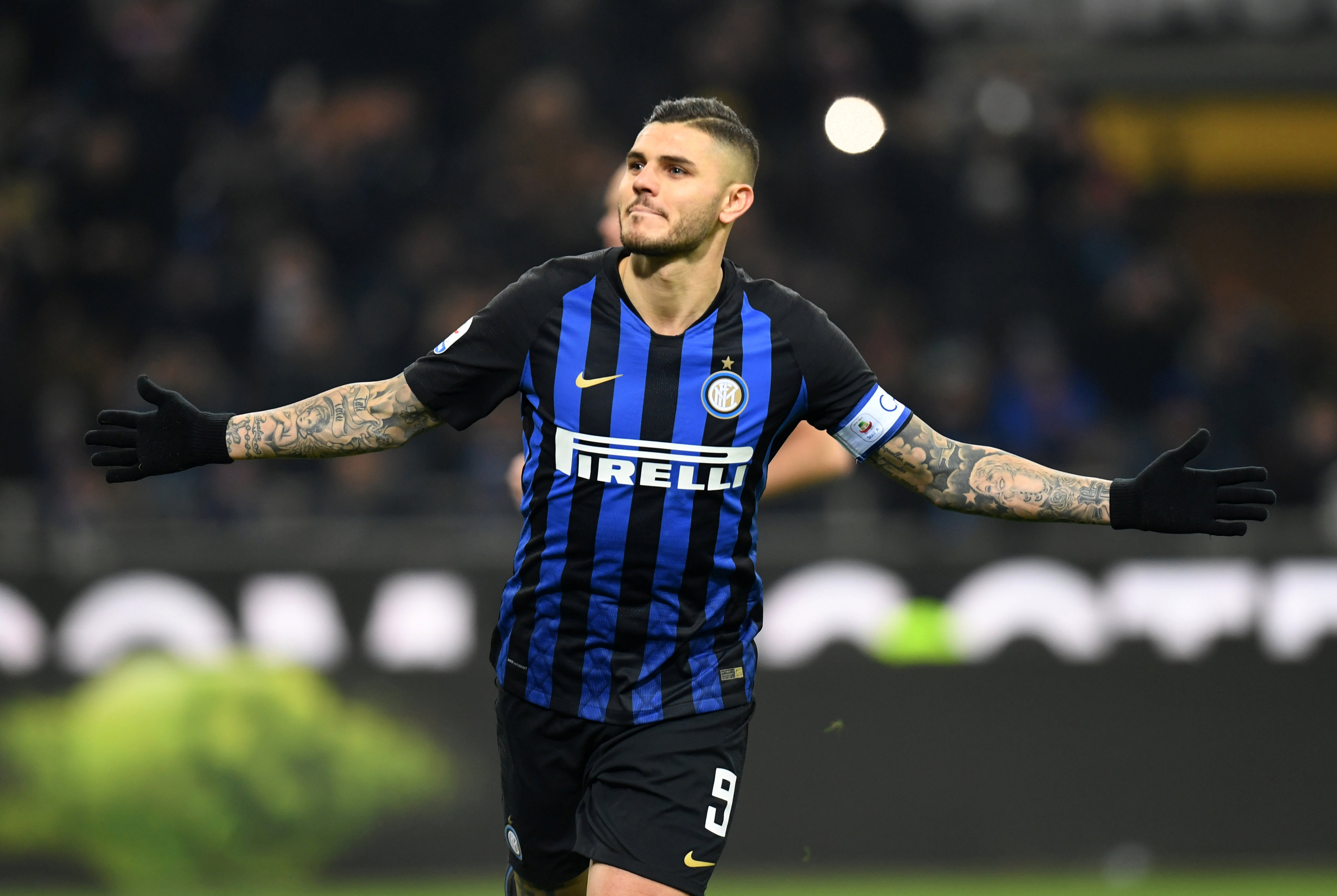 sports shoes 82a47 6cf0c Inter hand Mauro Icardi new shirt number