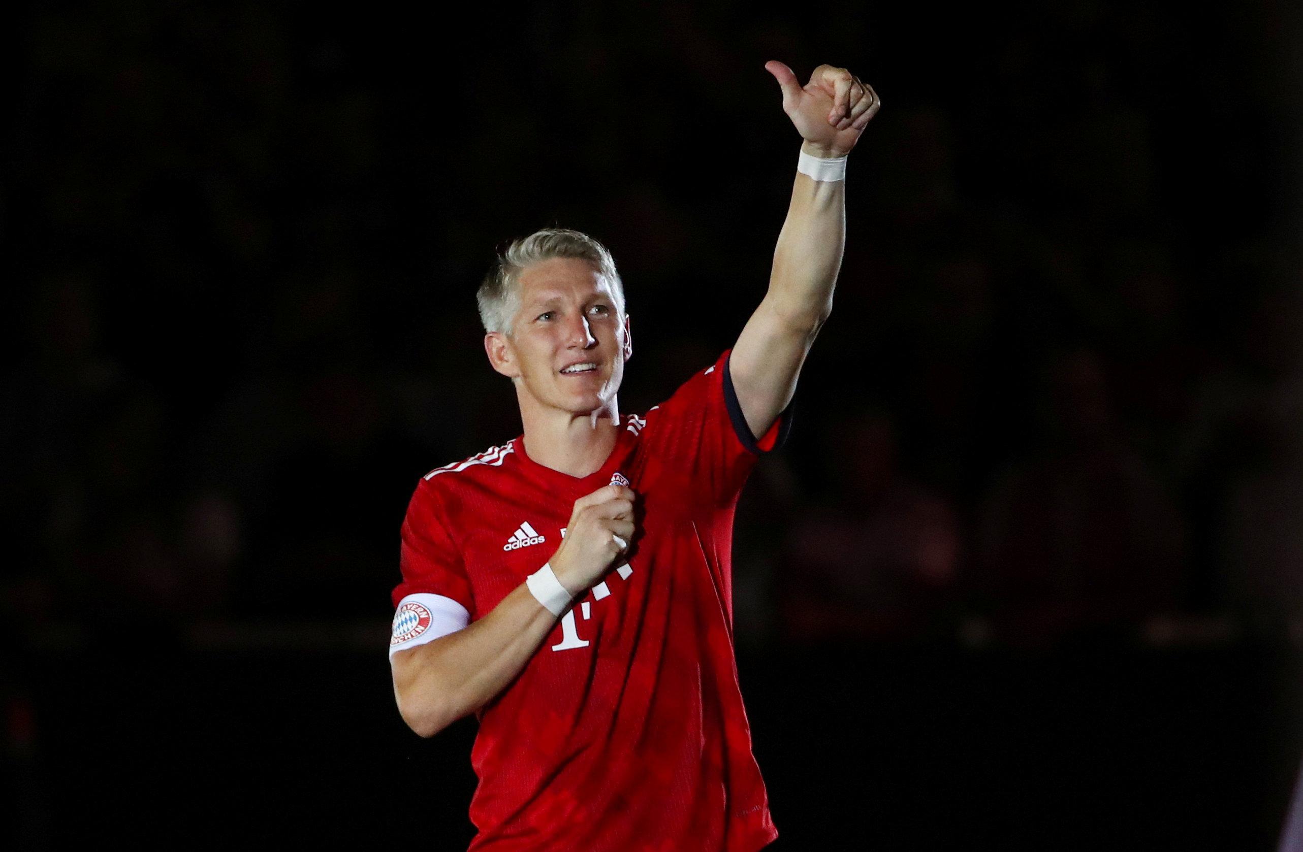 Former Bayern Munich & Manchester United star Bastian Schweinsteiger announces retirement