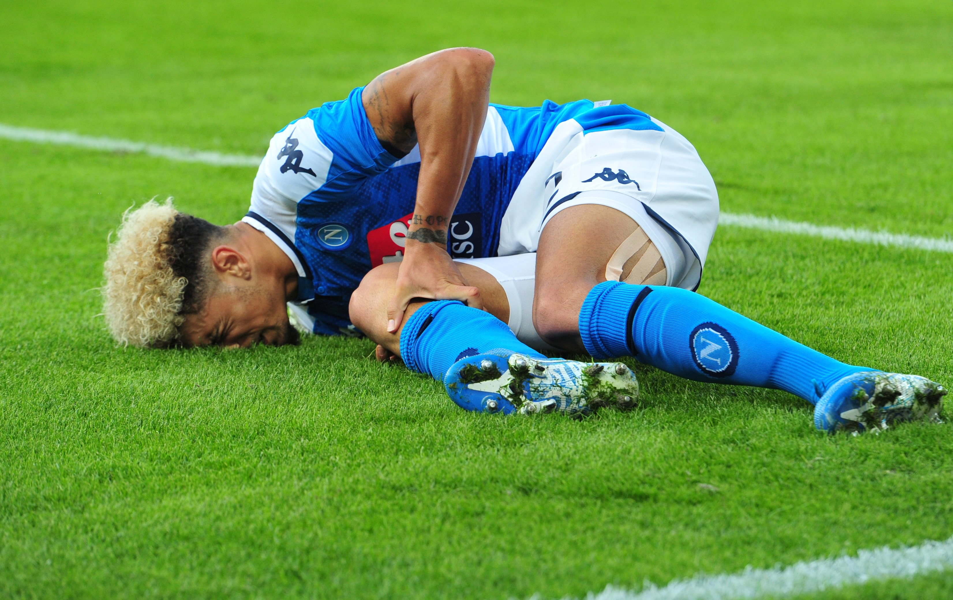 Season over for Napoli defender Kevin Malcuit after ACL tear