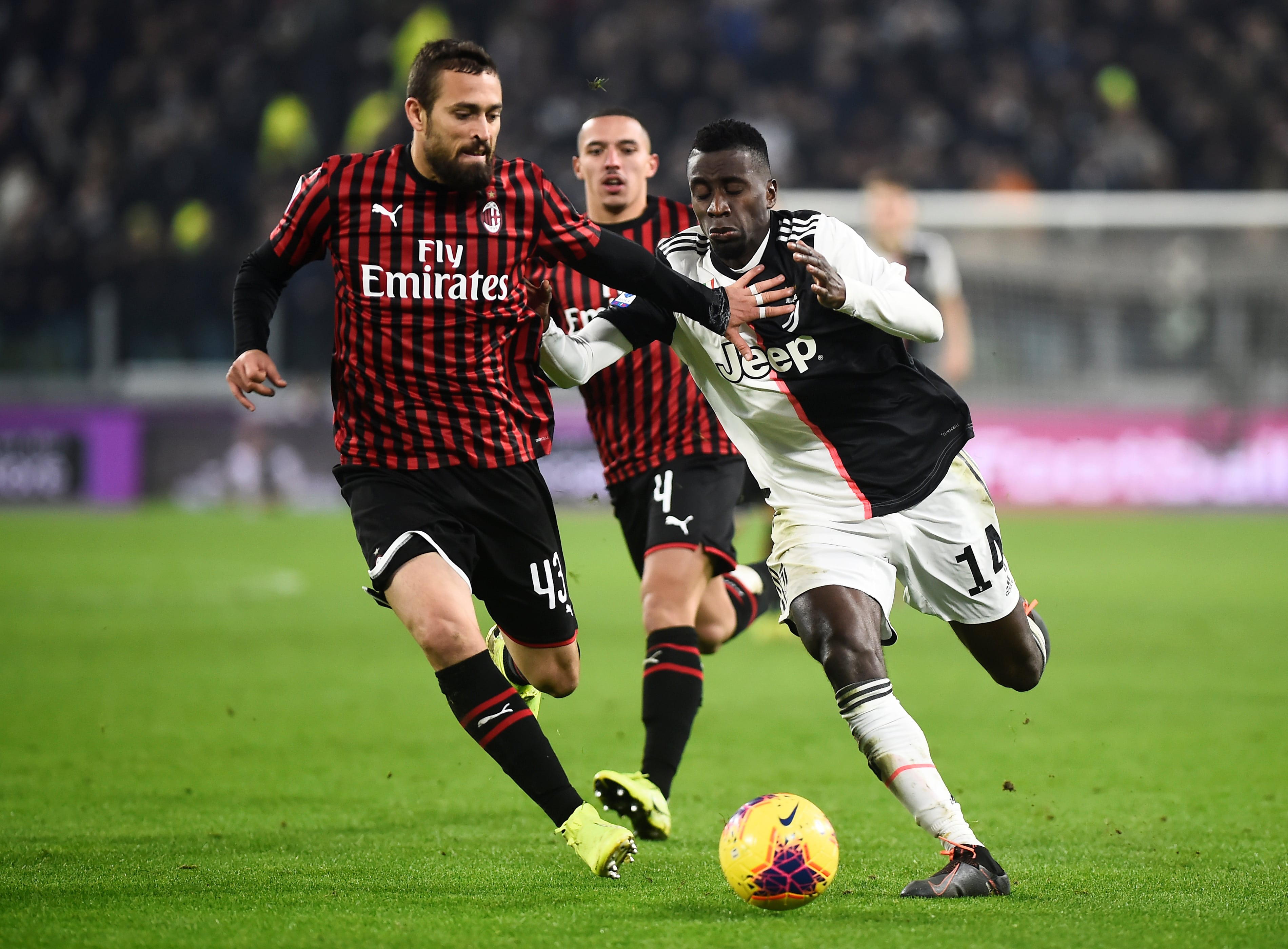 AC Milan defender Leo Duarte to miss 3-4 months of action with injury