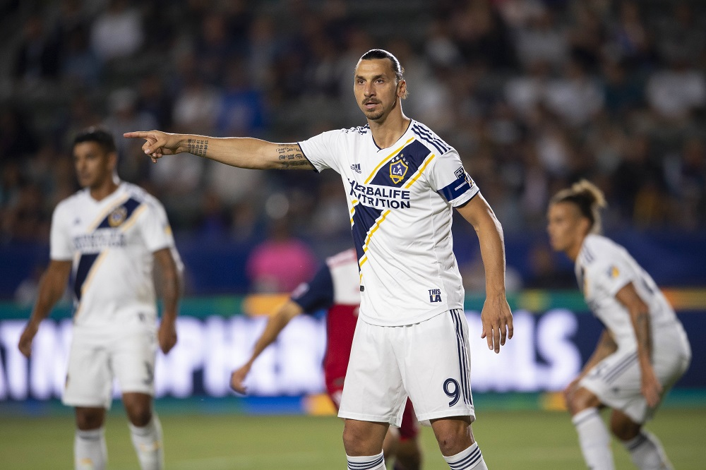 Bologna rule out spectacular signing of Swedish star Zlatan Ibrahimovic