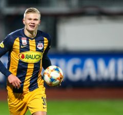 Borussia Dortmund beat Manchester United to Erling Haaland signing
