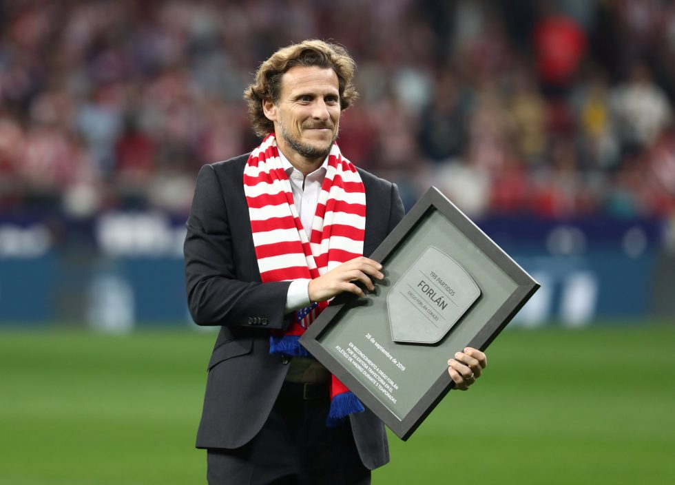 Diego Forlan takes charge of Uruguayan giant Penarol