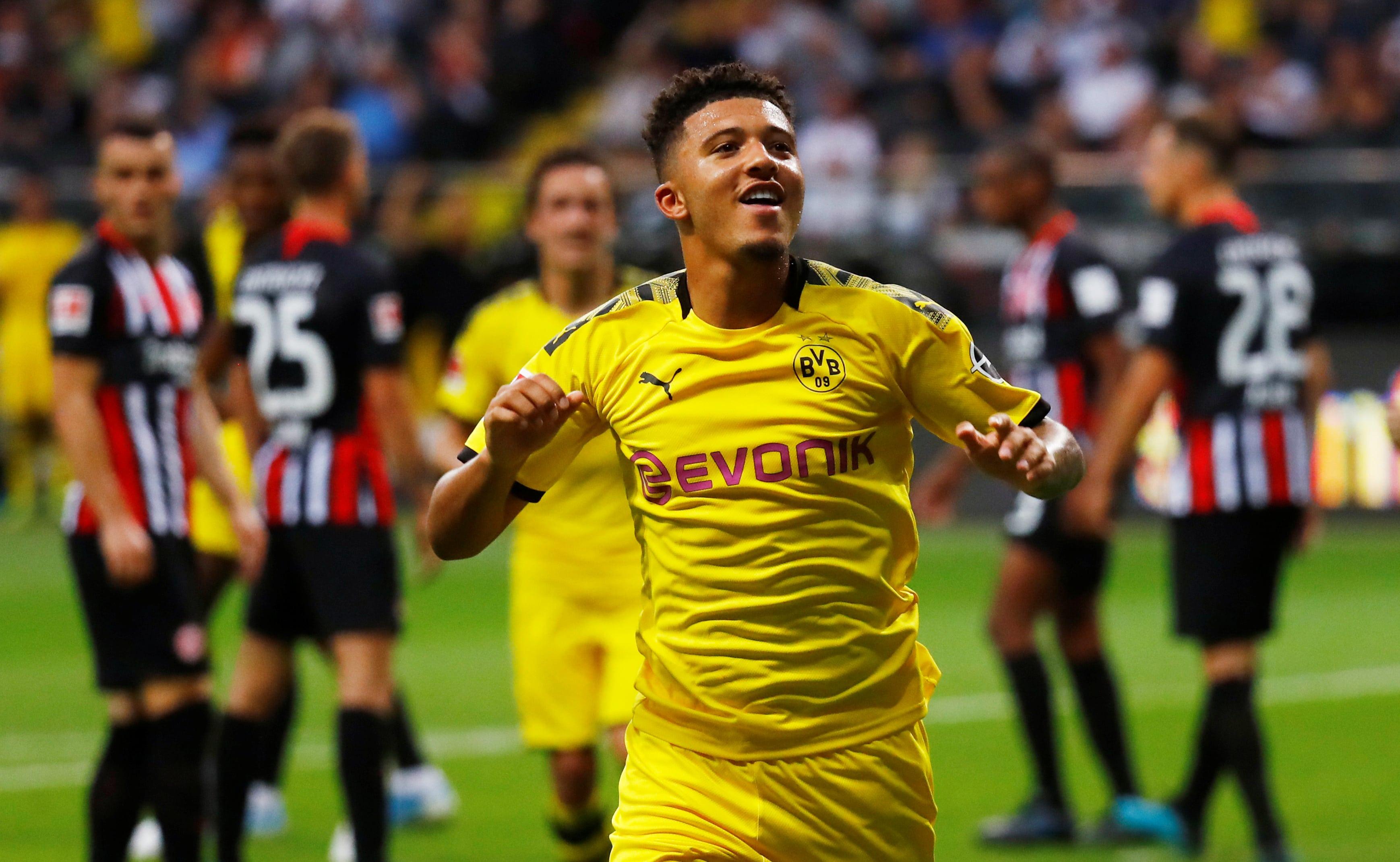 Jadon Sancho picks up Borussia Dortmund's player of the month award