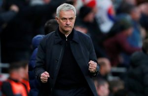 Mourinho claims Tottenham are not like Chelsea or Liverpool