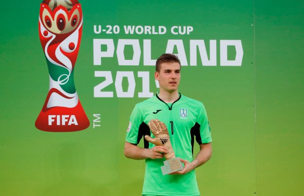Real Madrid talented goalkeeper Lunin joins Real Oviedo on loan - OFFICIAL