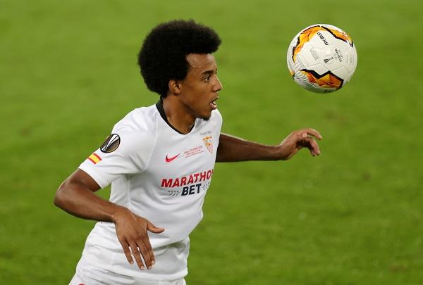 Manchester City chasing Sevilla defender Kounde!