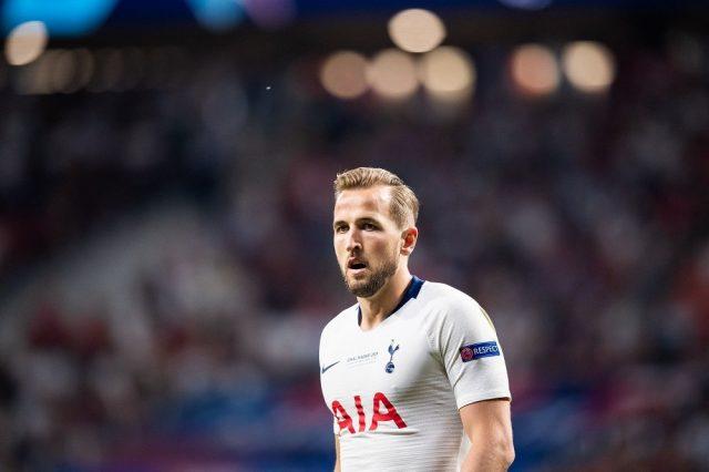 Bent Compares Spurs Striker Kane To Wayne Rooney