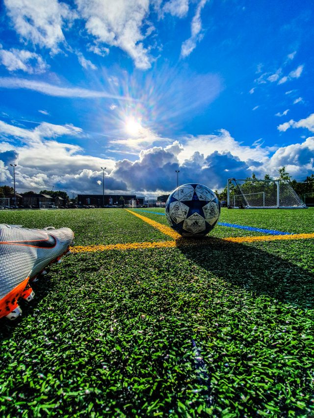 11 Tips to Avoid Blisters from Soccer Cleats